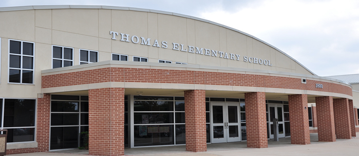 Thomas Elementary School front entrance