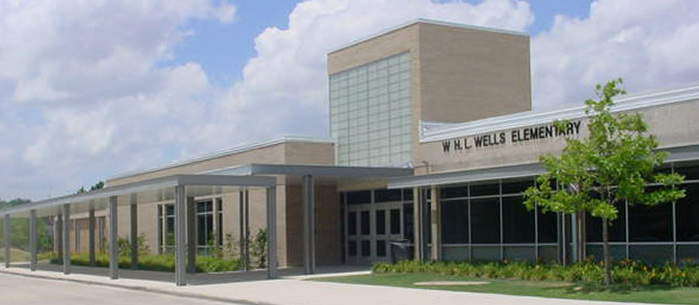 Wells Elementary School front entrance