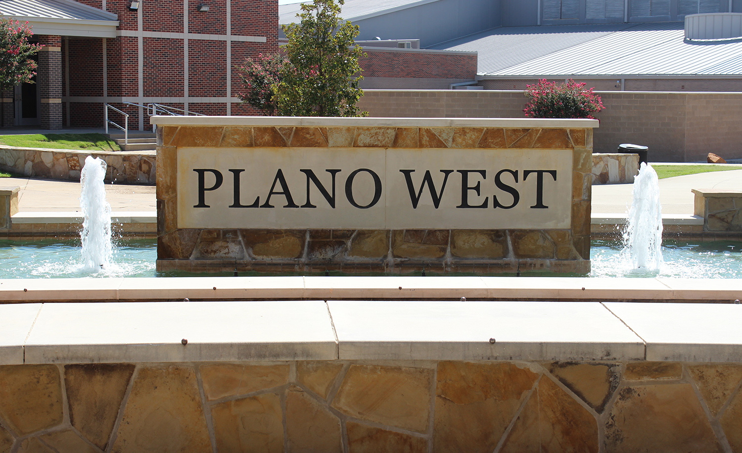 Plano West Homepage Coby Fence 8 2 Ampquotbutterflyampquot Senior High School Pwsh Facade